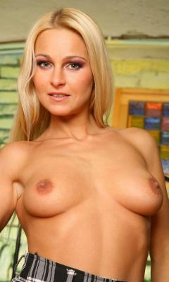 Porno nikki Nikki clarisse