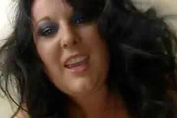 Plump big beautiful woman - Cum Wench Getting Screwed