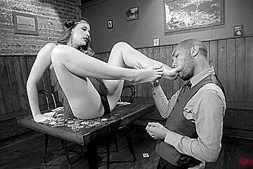Fußfingern und gegenseitige Masturbation von Bonnie Rotten & Gia Dimarco