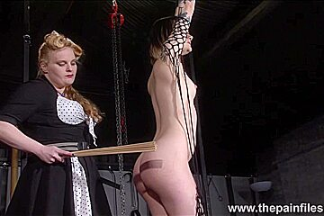 Alternative lesbian slave kink...