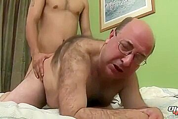 Mature spanish daddy gets a hard fucking...
