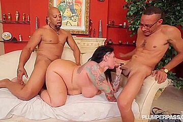 Erika xstacy invited to her place and had...