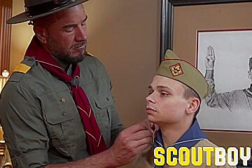 Scoutboys fucks in front of his friend...