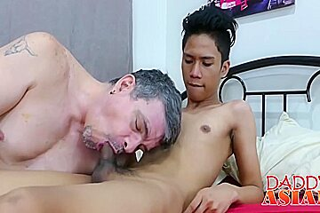 Perv spreads his asshole for a tiny asian...