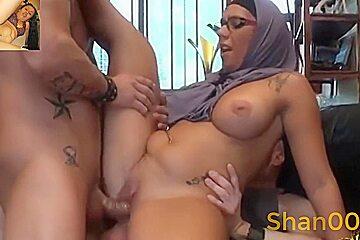 Hijab niqab is having fu high definition...