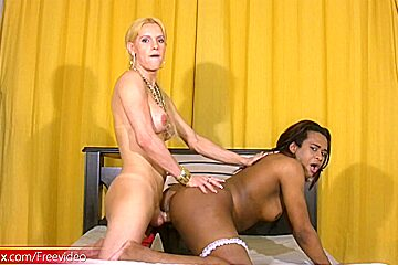 Black chick with dick gets long white meat...