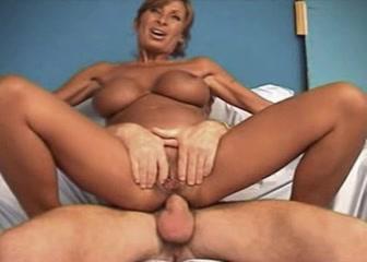 Mature anal french Jizzoid