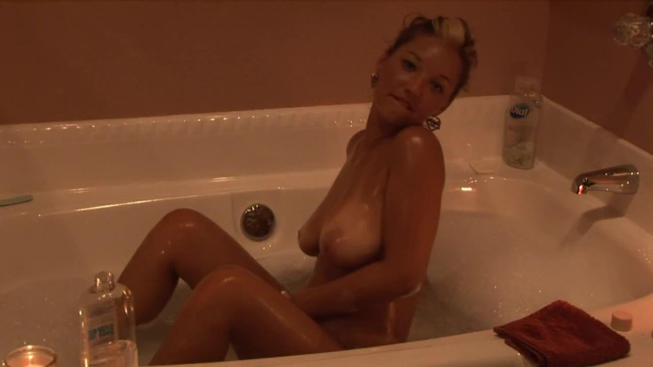 Christina Model - Bath