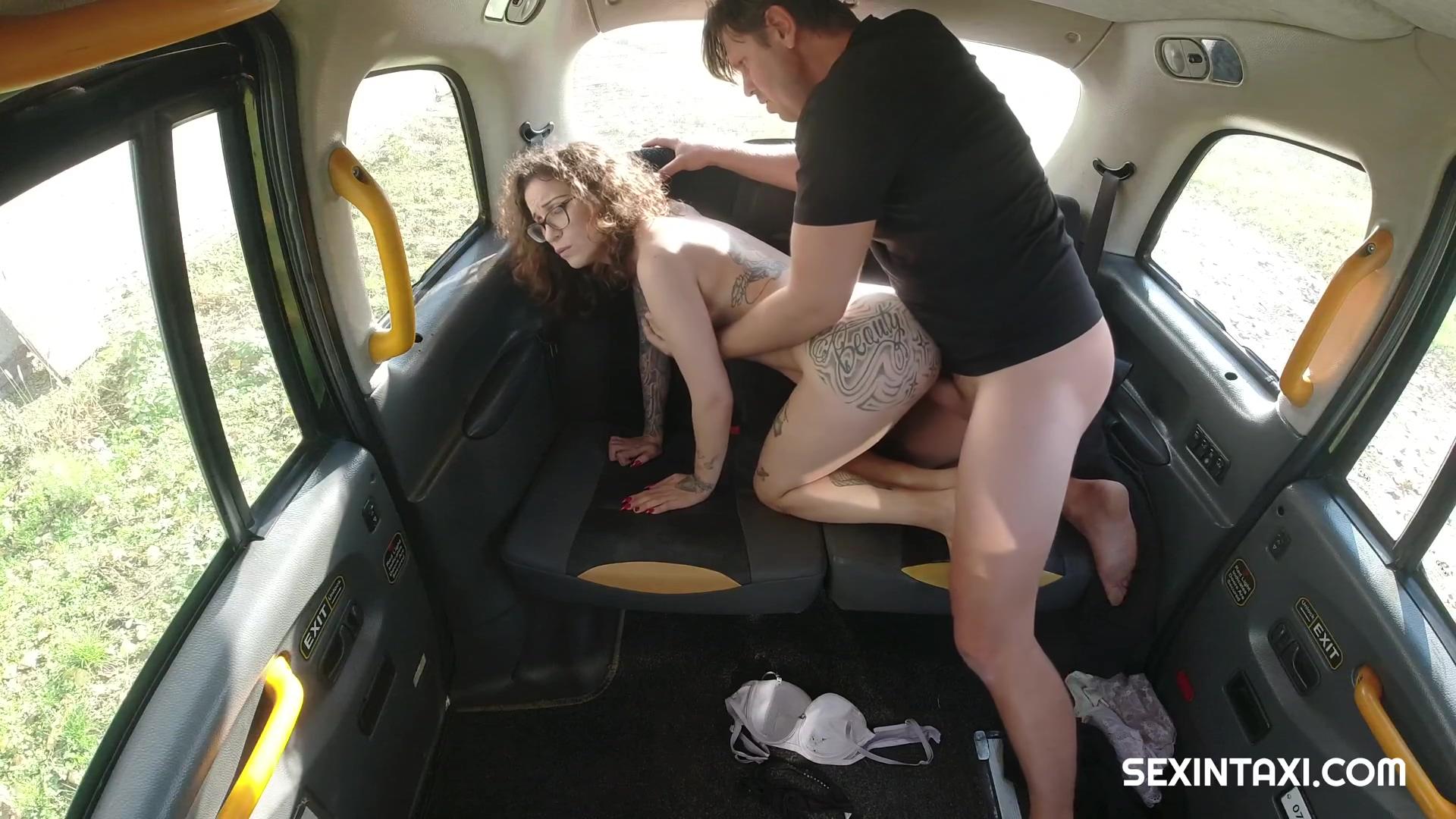 Sexintaxi The Randy Driver Wants A Private Dance E17 Czech Natasha Ink